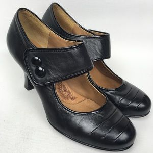 SOFFT Black Leather Mary Jane Sz 8.5 Wide